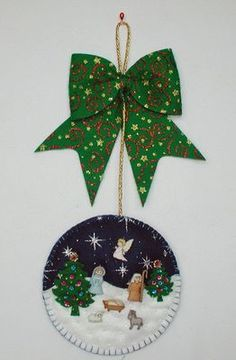 Felt Christmas, Christmas Crafts, Christmas Decorations, Christmas Ornaments, Holiday Decor, Felt Tree, Felt Ornaments, Diy And Crafts, Lily