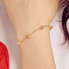 Bracelet Models - Elegant style Gold bracelets Designs 2017 for Ladies. A bracelets is worn by both fashionable Girls and women. However, both Girls have different tastes. Most fashionable Ladies like to wear Elegan… Gold Bracelet For Girl, Gold Heart Bracelet, Love Bracelets, Bangle Bracelets, Stackable Bracelets, Handmade Bracelets, Gold Chain Design, Gold Bangles, Silver Bracelets
