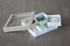 Scallop Square gift box