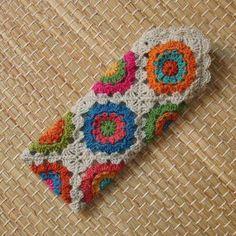 Transcendent Crochet a Solid Granny Square Ideas. Inconceivable Crochet a Solid Granny Square Ideas. Crochet Diy, Crochet Case, Crochet Motifs, Crochet Purses, Crochet Squares, Love Crochet, Crochet Gifts, Crochet Granny, Granny Squares