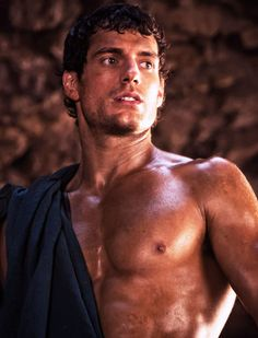 Can You Get Through This Post Without Falling In Love With HenryCavill?