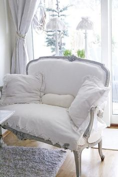 shabby chic, vintage, chair, cozy, white.