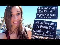 DEBATING CRAZY RELIGIOUS PROTESTERS AT COMIC CON! | Richard Dawkins Foundation