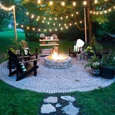 43 DIY outdoor fire pits are just what your backyard needs! 43 DIY outdoor fire pits are just what your backyard needs! wonderfulbackyard The post 43 DIY outdoor fire pits are just what your backyard needs! appeared first on Outdoor Diy. Backyard Seating, Fire Pit Backyard, Backyard Patio, Backyard Landscaping, Diy Patio, Rustic Backyard, Landscaping Design, Diy Fire Pit, Nice Backyard