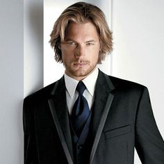 Posh Classy Hairstyles For Long Hair Posh Classy Frisuren für langes Haar Classy Hairstyles, Hairstyles Haircuts, Wedding Hairstyles, Long Hairstyles For Men, Long Haircuts For Men, Men's Haircuts, Trendy Haircuts, Unique Hairstyles, Formal Hairstyles