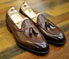Edward Green Belgravia loafers. #khakisofcarmel #edwardgreen