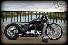 Blues Bikes : Yamaha DragStar 650 Night Stalker by Tail end Customs