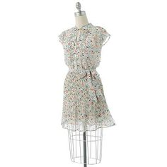 I bought this at Kohl's, on clearance, and wore it to a wedding that I was photographing. I love her clothing line!{LC Lauren Conrad}