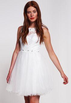 Balowa biała sukienka na studniówkę sylwestra lub wesele High End Fashion, White Dress, Flower Girl Dresses, Gowns, Wedding Dresses, Shopping, Beautiful, Dresses For Graduation, Little Dresses