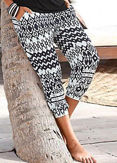 LASCANA Black & White Capri Beach Pants