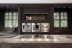 Obumex I Kitchen I Design I Brown I Cooking