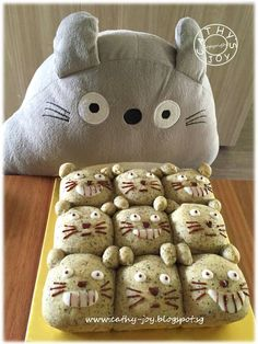 Sesame Buns  Ingredients:  250g Blue Jacket Bread Flour  30g Blue Jacket Plain Flour  20g Sesame powder  1/2 tsp instant yeast  2 ...
