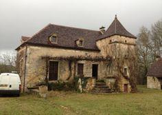 The reroofed Périgourdine property