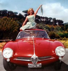 Women & Alfas - Page 31 - Alfa Romeo Bulletin Board & Forums