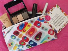 IPSY Glam Bag for March: Review, Pics, Swatches