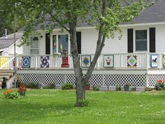 Barn Quilts (another ideas for displaying barn quilts)