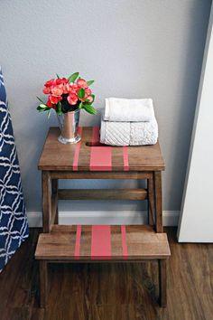Tunear muebles Ikea una escalera de madera con mil y un usos 2