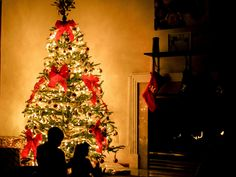 Top 50 Christmas Wallpaper Images and Wishes - Quotes Yard Merry Christmas Hd Images, Holiday Quotes Christmas, Family Christmas Gifts, Perfect Christmas Gifts, Holiday Decor, Christmas Time, Christmas Countdown, Funny Christmas, Christmas Tree Origin