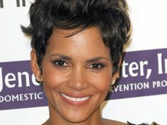 Halle Berry  The 2012 Silver Rose Gala and Auction - Arrivals  Los Angeles, California