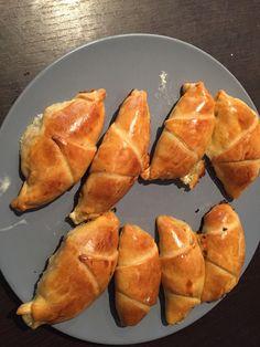 Croissant salé Jambon / Mozza 🥐 – Une Vie de Maman Appetizer Recipes, Appetizers, Butler, Cooking With Kids, Beignets, Food Pictures, Kids Meals, Sweet Potato, Entrees