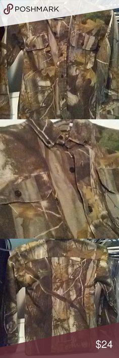Thick camo long sleeve Nice camouflage hunters edge ling sleeve. Like new. Hunters Edge  Shirts & Tops Tees - Long Sleeve