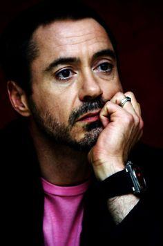 In love with robert downey jr Robert Downey Jr., I Robert, Star Wars, Iron Man Tony Stark, Downey Junior, American Actors, Sexy Men, Hot Men, Celebrity Crush