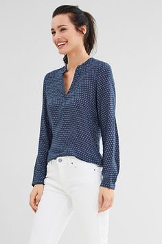 Esprit / Flowing tunic blouse with minimal print