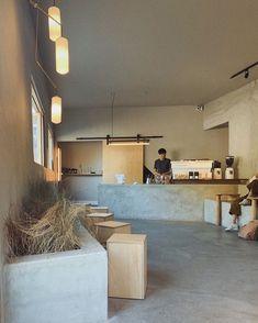 Coffee Shop Interior Design, Italian Interior Design, Japanese Interior Design, Coffee Shop Design, Cafe Design, Design Design, Restaurant Concept, Cafe Restaurant, Modern Restaurant
