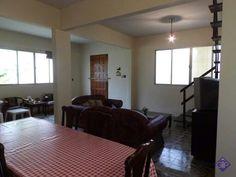 Casa à venda em Guarapari com 3 quartos. http://www.gilbertopinheiroimoveis.com.br/imovel/2404/casa-guarapari--parque-areia-preta