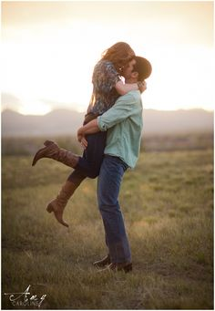 Romantic cowgirl colorado engagement. Amy Caroline Photography