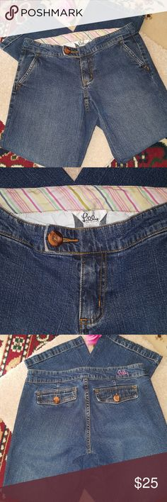 Lilly Pulitzer jeans Lilly jeans in excellent condition, waist 30 inches, inseam is 31 inches. Size label removed, use measurements provided here. Lilly Pulitzer Jeans