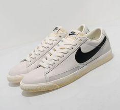 Nike Blazer Low VNTG (Sail-Black)