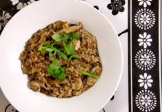This easy meatless risotto recipe is fast and easy to prepare, delicious, absolutely oil free, low fat. Sounds perfect to me!