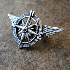 The ORIGINAL Victoriana Steampunk Airship Captain Lapel Pin Exclusive Design by Enchanted Lockets Only, Unisex Styling - military theme Steampunk Airship, Steampunk Pirate, Steampunk Costume, Dieselpunk, Steampunk Fashion, Aviation Tattoo, Machine Volante, Aviation Decor, Filipino Tattoos