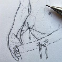 Body Drawing, Anatomy Drawing, Figure Drawing, Sexy Drawings, Art Drawings Sketches, Pencil Drawings, Body Sketches, Drawing Techniques, Art Sketchbook