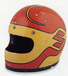 it's deadlicious™: Vintage motorcycle helmets Retro Motorcycle Helmets, Retro Helmet, Vintage Helmet, Scooter Motorcycle, Racing Helmets, Vintage Racing, Vespa Helmet, Motorcycle Paint, Motorcycle Jackets