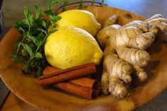 Ginger is one of the healthiest plants on earth and it's also delicious. Read this article and learn a fresh ginger tea recipe that you will fall in love with! Health Benefits Of Ginger, Tea Benefits, Ginger Juice, Ginger Tea, Ginger Drink, Fresh Ginger, Apple Cider, Acerola, Mayonnaise