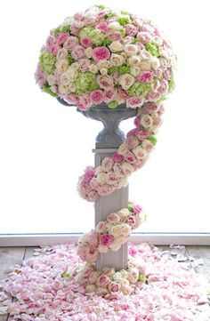 awesome topiary arrangement of roses