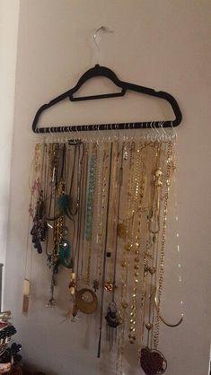 New Jewerly Organizer Wall Necklace Organization Hooks Shower Curtains Ideas Jewelry Wall, Jewelry Organizer Wall, Jewellery Storage, Jewelry Organization, Jewellery Display, Homemade Jewelry Organizer, Noir Jewelry, Jewelry Tree, Fashion Jewelry