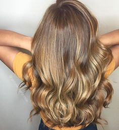 Mmmm salty caramel balayage. Color by @hairbykimberlynicole  #hair #hairenvy #hairstyles #haircolor #brunette #balayage #highlights #newandnow #inspiration #maneinterest