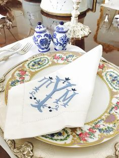 Monogram - The Enchanted Home Monogrammed Napkins, Linen Napkins, White Napkins, Linen Tablecloth, Embroidery Monogram, Embroidery Designs, Chinoiserie, Enchanted Home, Beautiful Table Settings