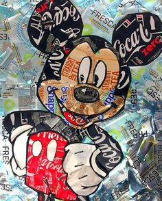 Recycled Soda Can Mickey Mousecollections ETSY A fun vibrant work of art created completely from re purposed soda cans! This listing is for a custom m. Mickey Mouse Images, Mickey Mouse Wallpaper, Mickey Mouse Cartoon, Disney Phone Wallpaper, Mickey Mouse And Friends, Mickey Minnie Mouse, Disney Images, Disney Pictures, Arte Disney