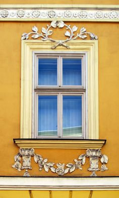 ysvoice:    | ♕ |  Empire Window with Rose Garland - Krakow  | by seeingkrakow