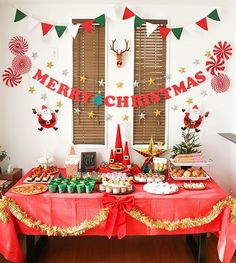 15 Remarkable Living Room Decoration for Christmas Party Funny and Joyful - christmas dekoration Christmas Pajama Party, Christmas Birthday Party, Christmas Brunch, Christmas Night, Christmas Photos, Kids Christmas, Funny Christmas, Christmas Parties, Christmas Candy Bar