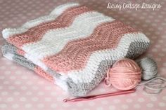 Free Crochet Pattern - Ripple Baby Blanket - Daisy Cottage Designs