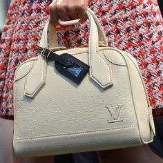 Catalog Loui Vuitton Designer Handbags | Louis Vuitton reveals Cruise Collection 2015 handbags