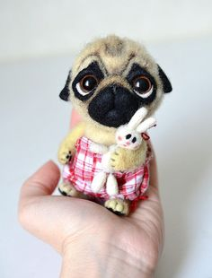 Hey, I found this really awesome Etsy listing at https://www.etsy.com/listing/226273571/needle-felted-pug-puppy-little-felt-dog