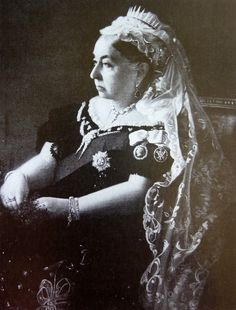Queen Victoria pictured in 1897 for her Diamond Jubilee. She is wearing some of the ears of Wheat brooches along her neckline.