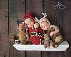 Newborn christmas photos. Baby christmas photo outfits Newborn Christmas Outfits Girl, Newborn Christmas Pictures, Newborn Pictures, Baby Pictures, Baby Photos, Newborn Pics, Christmas Tree Farm, Christmas Baby, Newborn Twin Photography