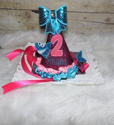 Cake Smash outfit for birthday pictures! Ballerina Birthday, Pig Birthday, Animal Birthday, Birthday Shirts, Baby Shark Song, Baby Shark Doo Doo, Hat Cake, Muppet Babies, Cake Smash Outfit